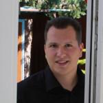 Beratung beim Einruchschutz Beratungskompetenz in puncto Einbruchsicherung: Mario Pichelmaier hilft.